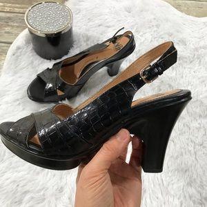 Sofft women's black leather heels